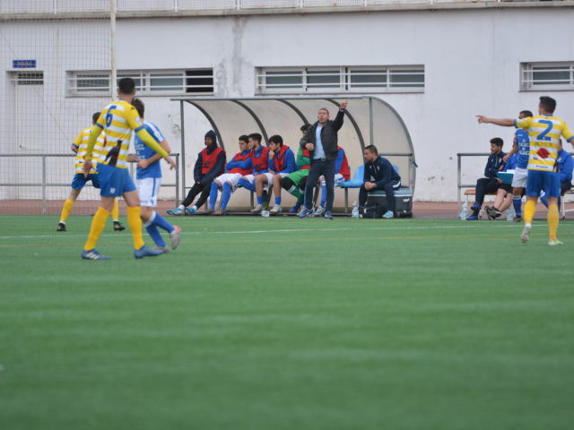 http://www.xerezclubdeportivo.es/wp-content/uploads/2020/03/XCD_9994-640x480.jpg