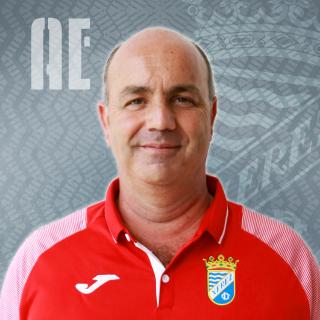 https://www.xerezclubdeportivo.es/wp-content/uploads/2020/12/Foto-Plantilla-Web-320x320.png